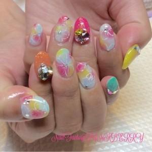 ピンク&カラフルお花Nail