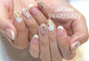 milky white nail♪