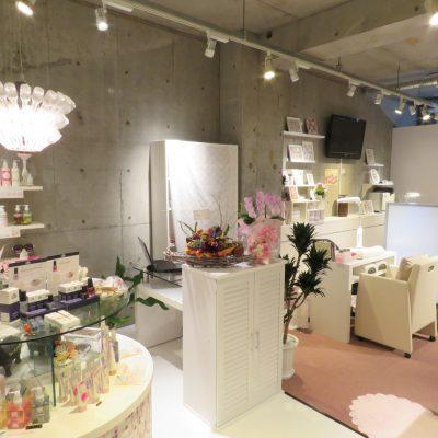 ネイルサロン店内 | 松山市ネイルサロンピンクベリー
