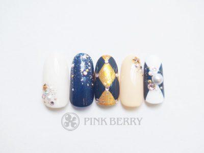 トレンドアートネイルglittering-StarryNail | 松山市ネイルサロンピンクベリー